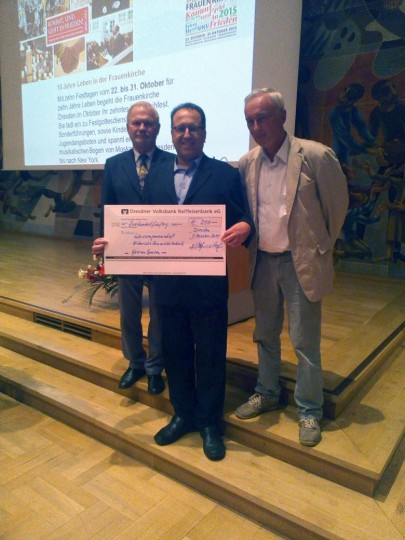 Der Vorstand der IGHFt mit dem Spendenscheck der DDVRB