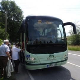 Modernes Verkehrsmittel für die Rückfahrt