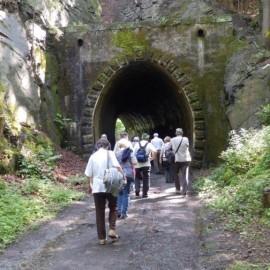 Am zweiten Tunnel (37 m lang)