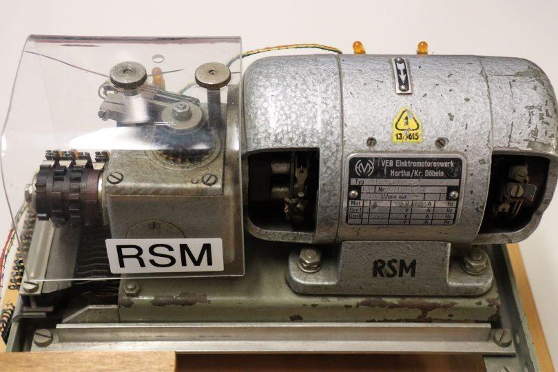 Ruf- und Signalmaschine